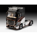 MERCEDES-BENZ Actros MP4 Schaal 1:24           REVELL