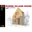 RUINED VILLAGE HOUSE 1:35